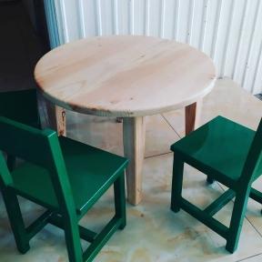 Стол деревянный для детского сада