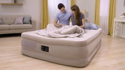 Надувная кровать Intex Ultra Plush Bed 203x152x46 cм