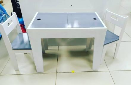 Деревянный стол из фанеры